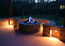 fire-pit-surrounded-by-bench